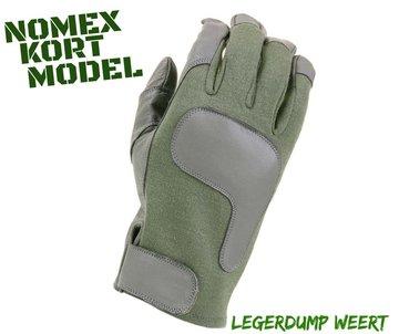 Kort model nomex gloves
