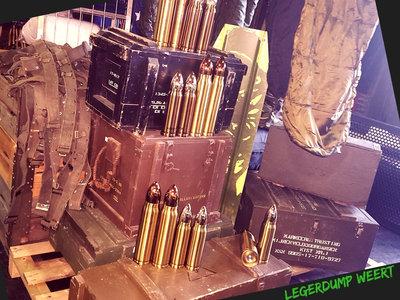 Diverse houten munitiekisten